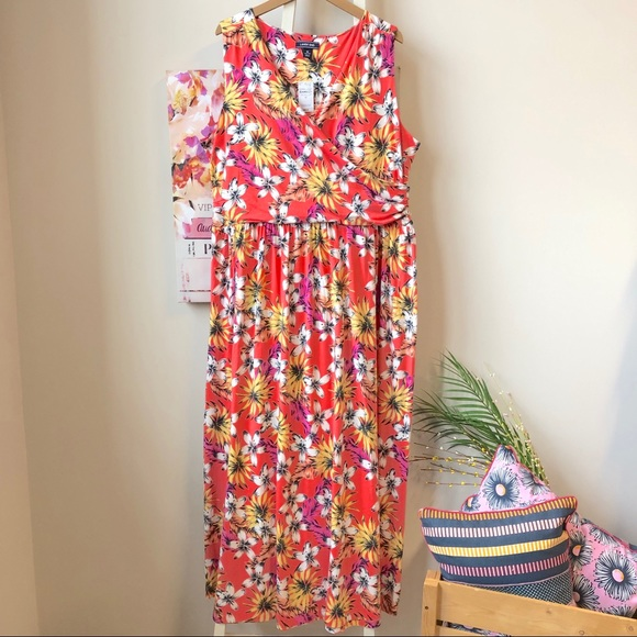 cf926af706d Land s End Floral Plus Size Sleeveless Maxi Dress